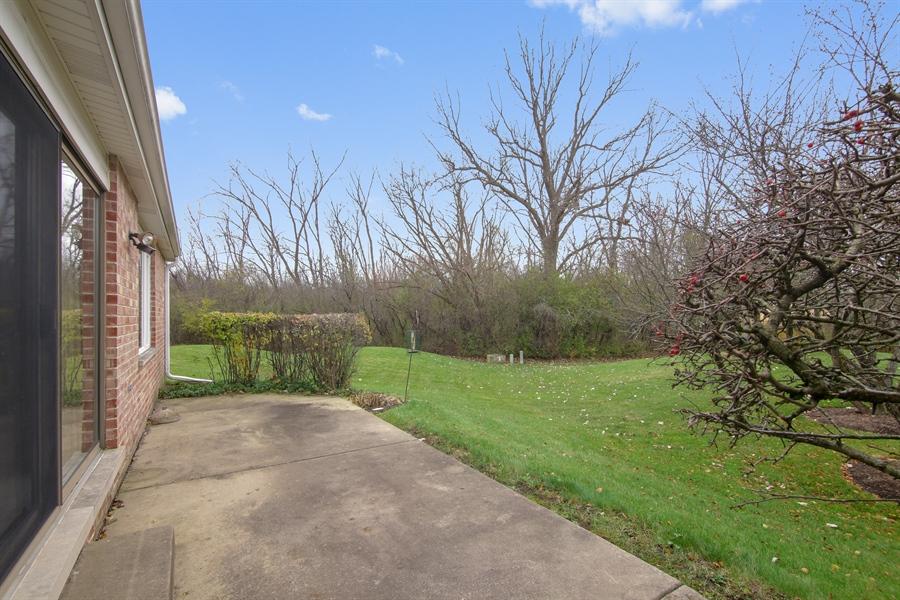 Real Estate Photography - 144 Arrowwood, Northbrook, IL, 60062 - Back Yard