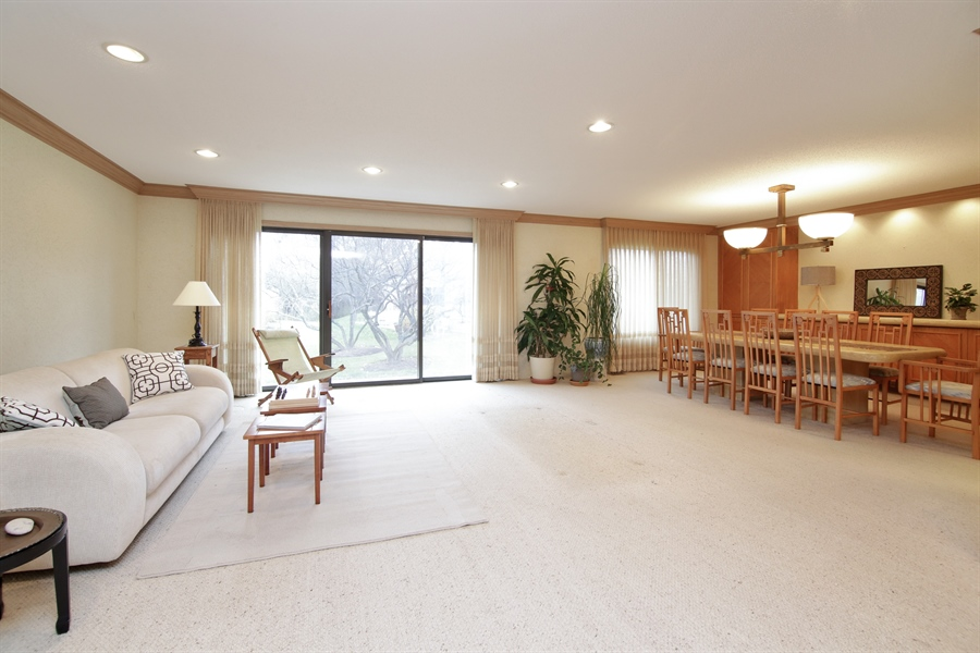 Real Estate Photography - 144 Arrowwood, Northbrook, IL, 60062 - Living Room / Dining Room
