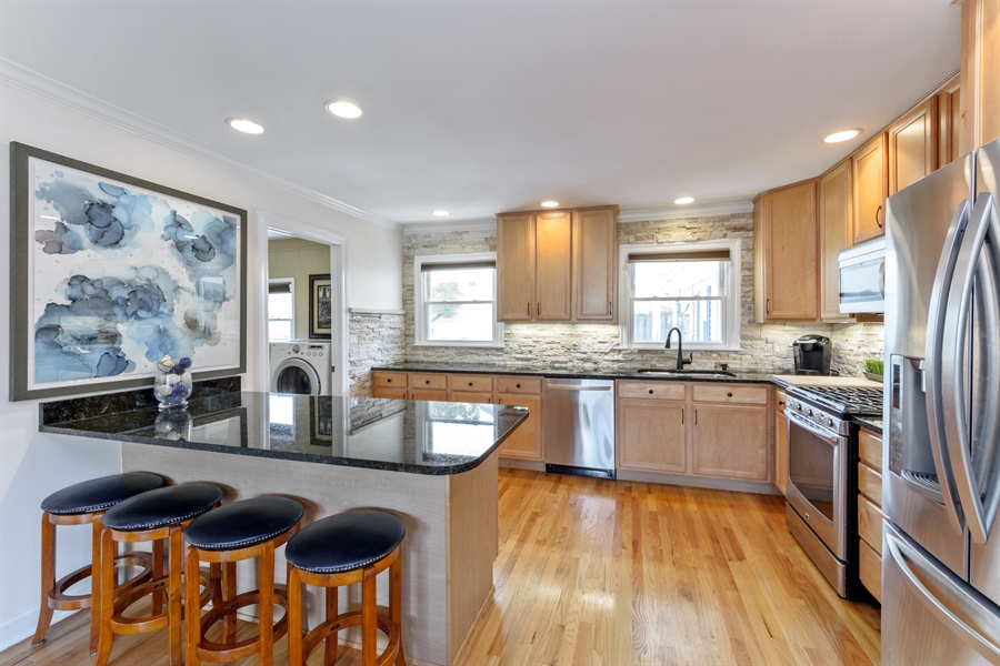 Real Estate Photography - 1840 N Fernandez Ave, Arlington Heights, IL, 60004 - Kitchen