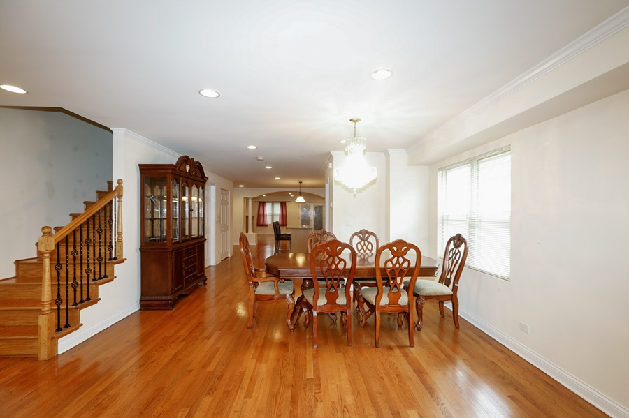 Real Estate Photography - 7724 S Prairie Ave., CHICAGO, IL, 60619 - Dining Room