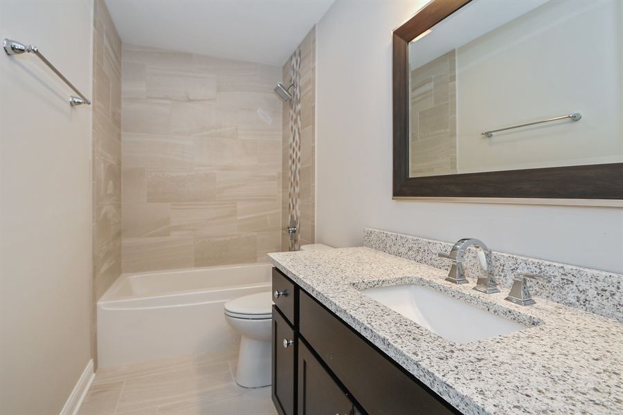 Real Estate Photography - 835 Hayfield, Crown Point, IN, 46307 - Bathroom