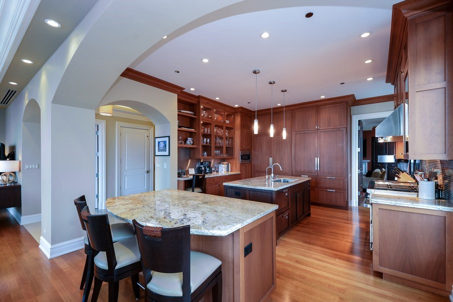 Real Estate Photography - 33 W. Ontario, TH1, Chicago, IL, 60654 - Kitchen
