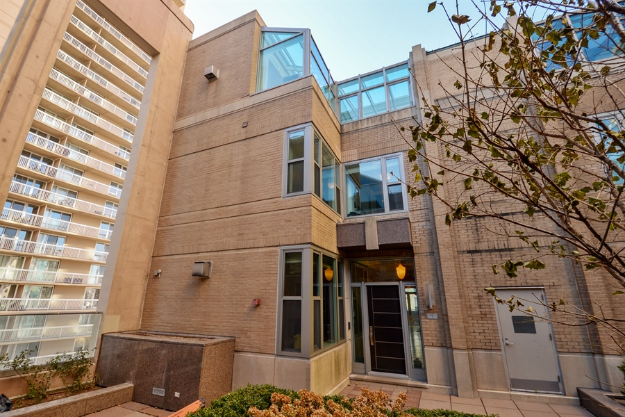 Real Estate Photography - 33 W. Ontario, TH1, Chicago, IL, 60654 - Front View