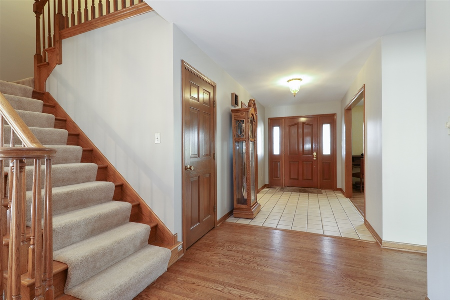 Real Estate Photography - 3777 Douglas Rd, Downers Grove, IL, 60515 - Foyer