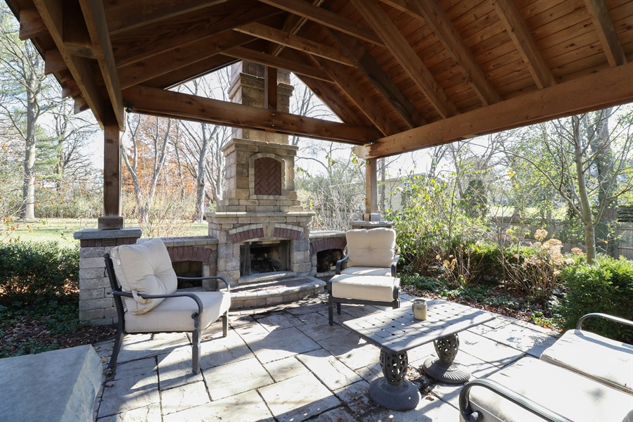 Real Estate Photography - 3777 Douglas Rd, Downers Grove, IL, 60515 - Patio