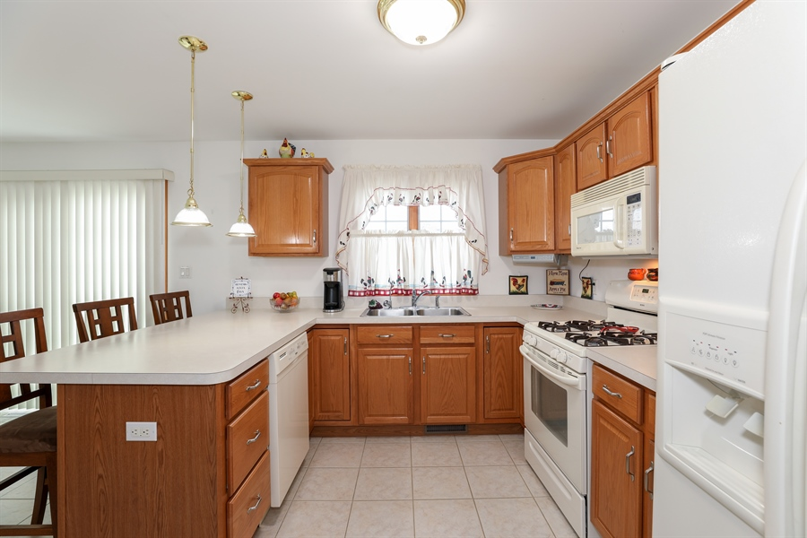 Real Estate Photography - 9445 Beall, Dyer, IN, 46311 - Kitchen