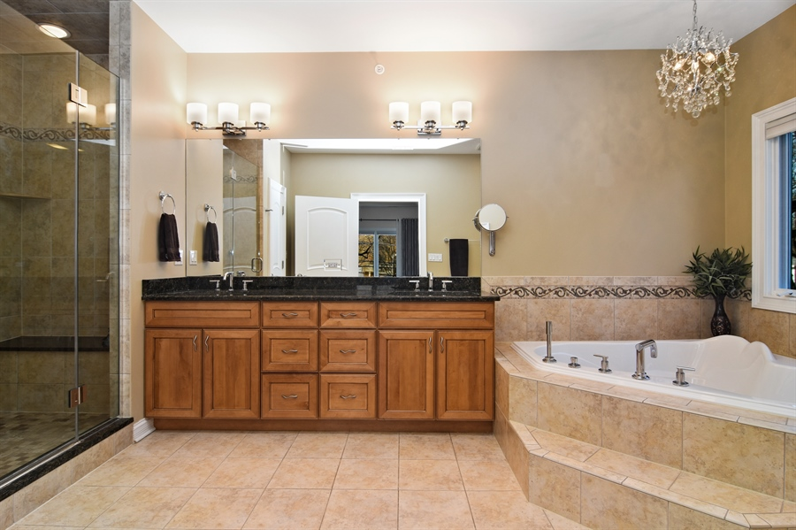 Real Estate Photography - 207 S Bobby Ln, Mt Prospect, IL, 60056 - Master Bathroom