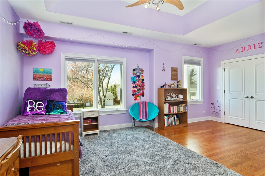 Real Estate Photography - 207 S Bobby Ln, Mt Prospect, IL, 60056 - 2nd Bedroom