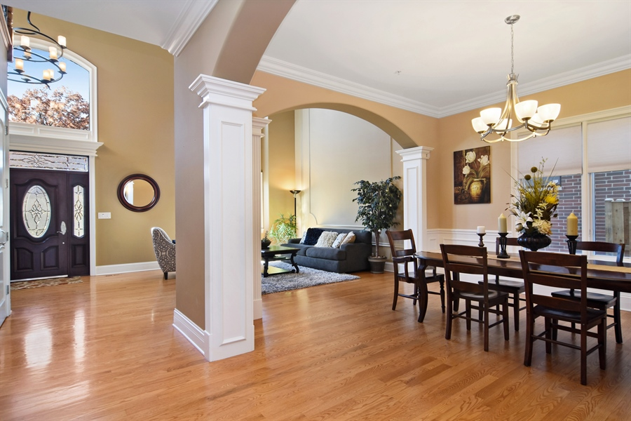 Real Estate Photography - 207 S Bobby Ln, Mt Prospect, IL, 60056 - Dining Room