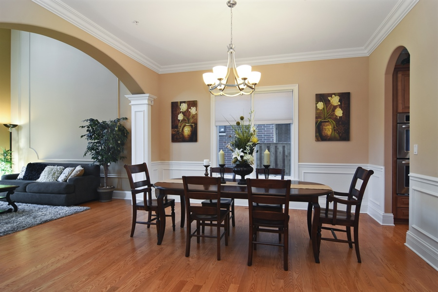 Real Estate Photography - 207 S Bobby Ln, Mt Prospect, IL, 60056 - Dining Area