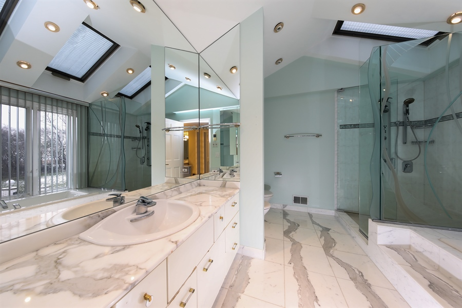 Real Estate Photography - 21210 Pheasant Trl, Deer Park, IL, 60010 - Master Bathroom