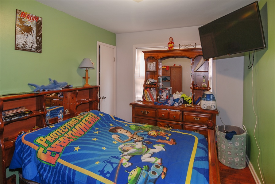 Real Estate Photography - 406 Granville Ave, Bellwood, IL, 60104 - 3rd Bedroom