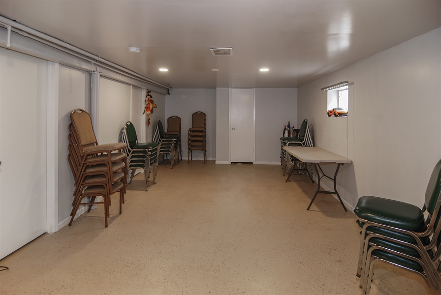 Real Estate Photography - 406 Granville Ave, Bellwood, IL, 60104 - Basement