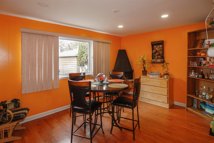 Real Estate Photography - 406 Granville Ave, Bellwood, IL, 60104 - Family Room