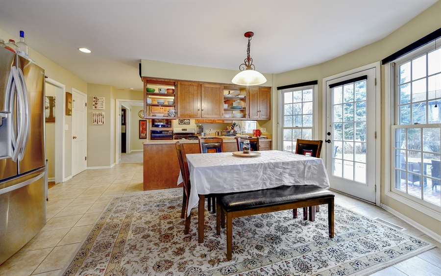 Real Estate Photography - 313 Queens Pkwy, Bartlett, IL, 60103 - Breakfast Area