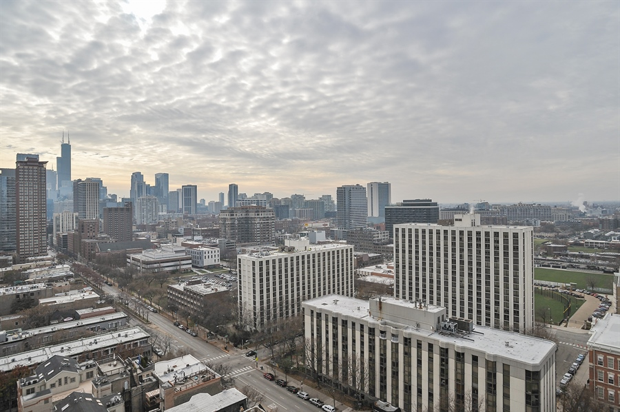 Real Estate Photography - 111 W Maple, 1809, Chicago, IL, 60610 - View