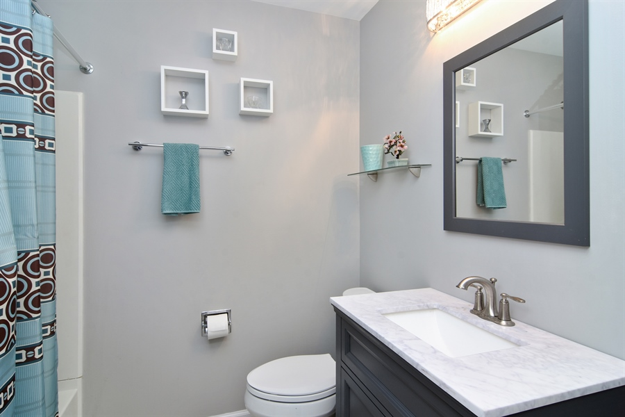 Real Estate Photography - 741 Sun Lake Rd, Lake Villa, IL, 60046 - Bathroom