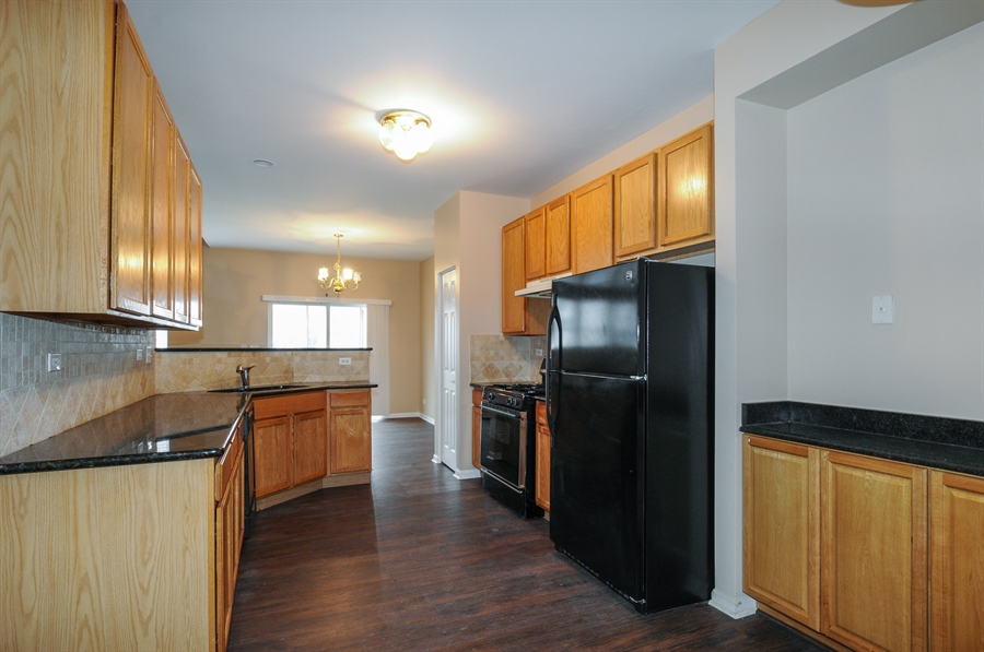 Real Estate Photography - 2485 Reflections Dr, Aurora, IL, 60502 - Kitchen