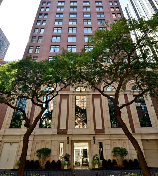 Real Estate Photography - 1122 N Dearborn, 8C, Chicago, IL, 60610 -