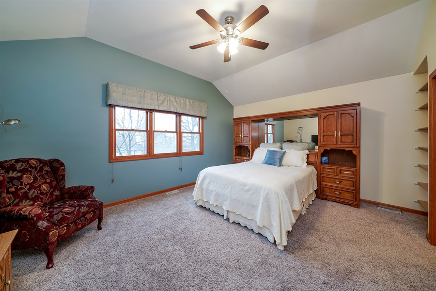 Real Estate Photography - 933 E. Crest Ave, Addison, IL, 60101 - Master Bedroom