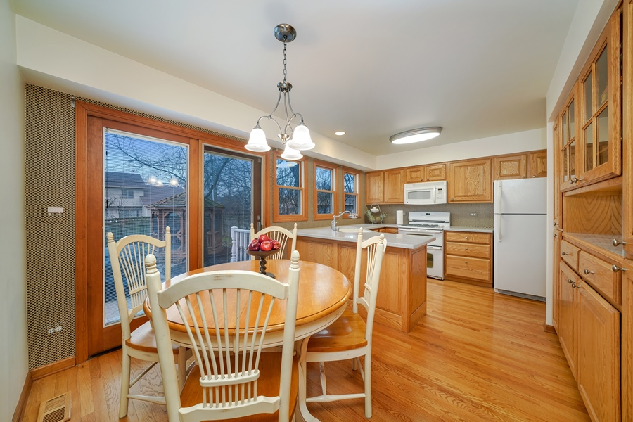 Real Estate Photography - 933 E. Crest Ave, Addison, IL, 60101 - Kitchen / Breakfast Room