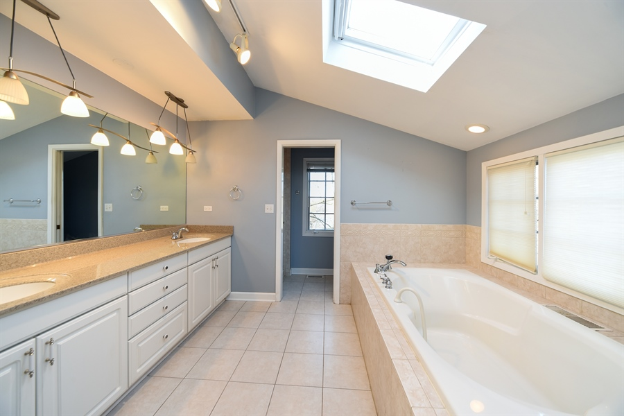 Real Estate Photography - 26072 W Indian Trail Rd, Barrington, IL, 60010 - Master Bathroom