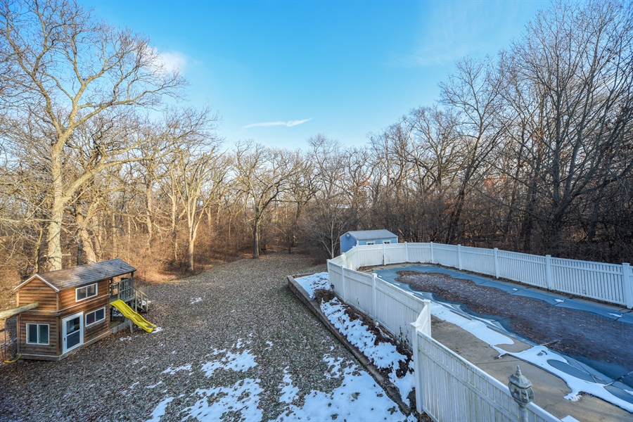 Real Estate Photography - 26072 W Indian Trail Rd, Barrington, IL, 60010 - Pool