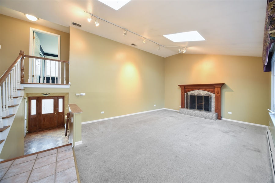 Real Estate Photography - 26072 W Indian Trail Rd, Barrington, IL, 60010 - Family Room