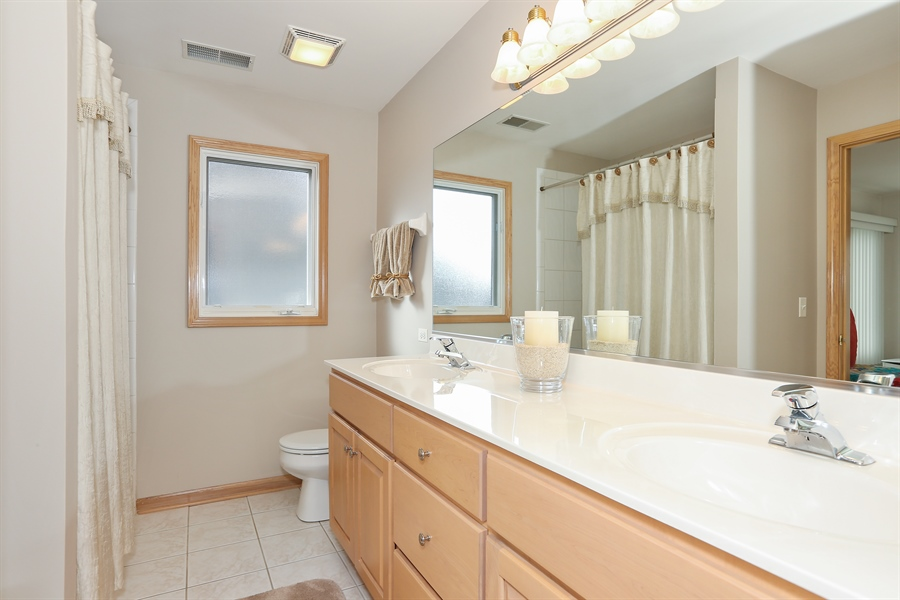 Real Estate Photography - 2603 Newton Avenue, Naperville, IL, 60564 - 3rd Bathroom