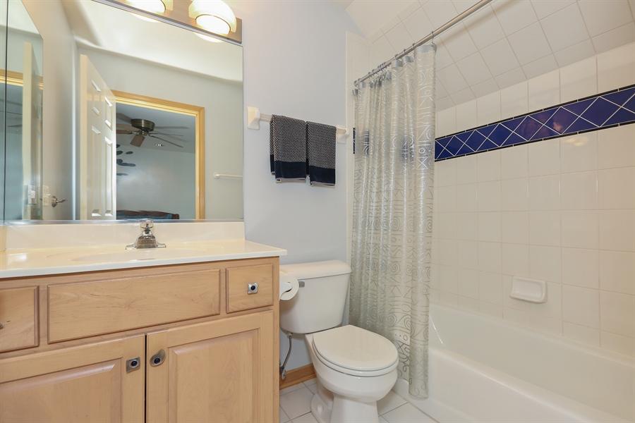 Real Estate Photography - 2603 Newton Avenue, Naperville, IL, 60564 - 4th Bathroom