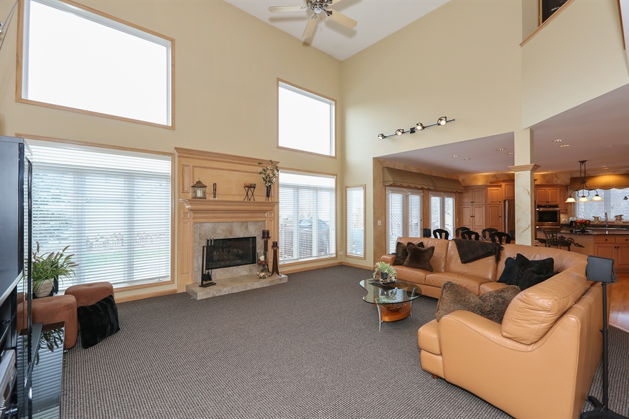 Real Estate Photography - 2603 Newton Avenue, Naperville, IL, 60564 - Family Room