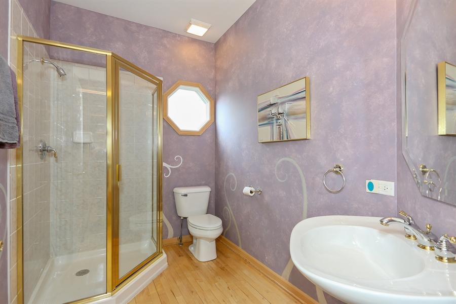 Real Estate Photography - 2603 Newton Avenue, Naperville, IL, 60564 - Bathroom