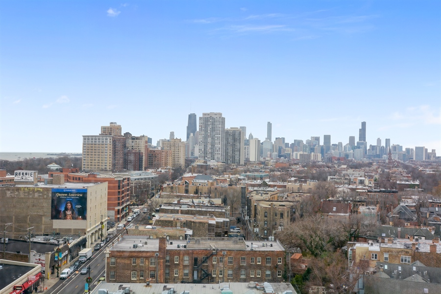 Real Estate Photography - 444 W Fullerton, #1306, Chicago, IL, 60614 - View