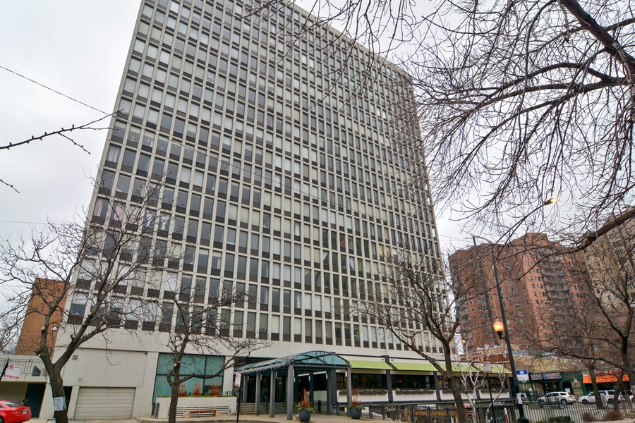 Real Estate Photography - 444 W Fullerton, #1306, Chicago, IL, 60614 - Front View