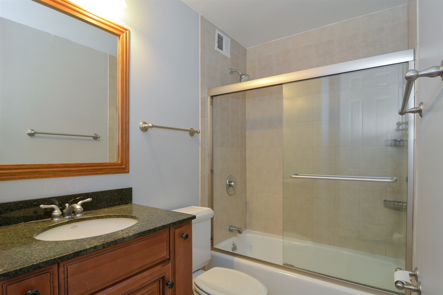 Real Estate Photography - 444 W Fullerton, #1306, Chicago, IL, 60614 - Bathroom