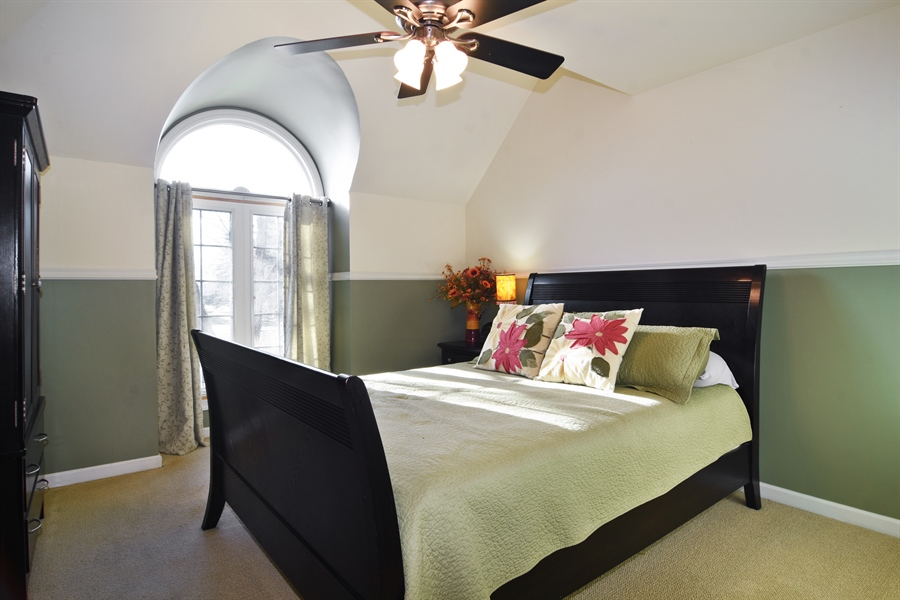Real Estate Photography - 9 Lake View Road, hawthorn Woods, IL, 60047 - 5th Bedroom