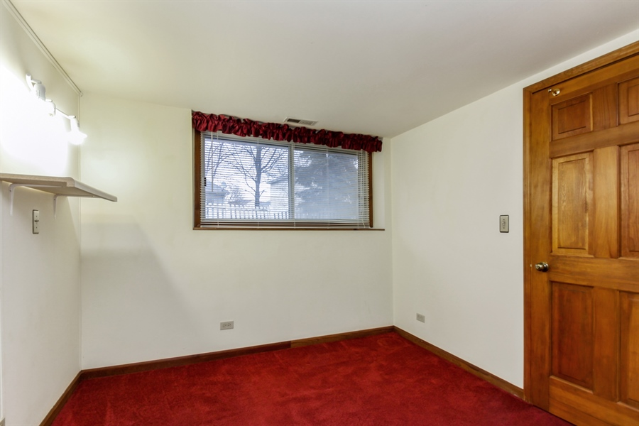 Real Estate Photography - 29W796 Hurlingham Court, Warrenville, IL, 60555 - Bedroom