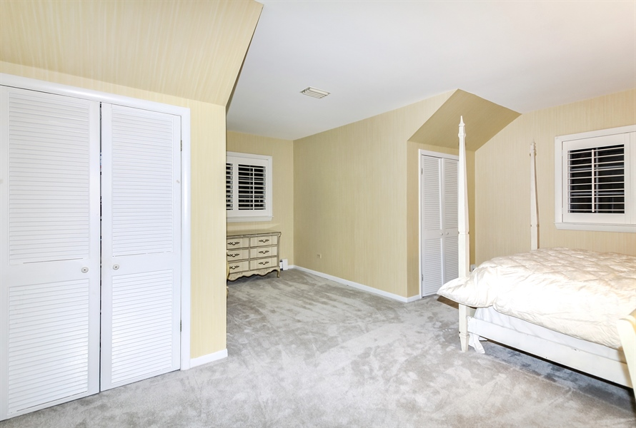 Real Estate Photography - 5101 Harvey Ave, Western Springs, IL, 60558 - 2nd Bedroom