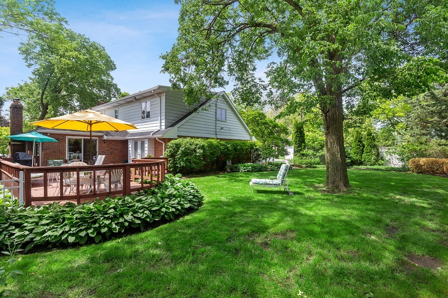 Real Estate Photography - 5101 Harvey Ave, Western Springs, IL, 60558 - Back Yard