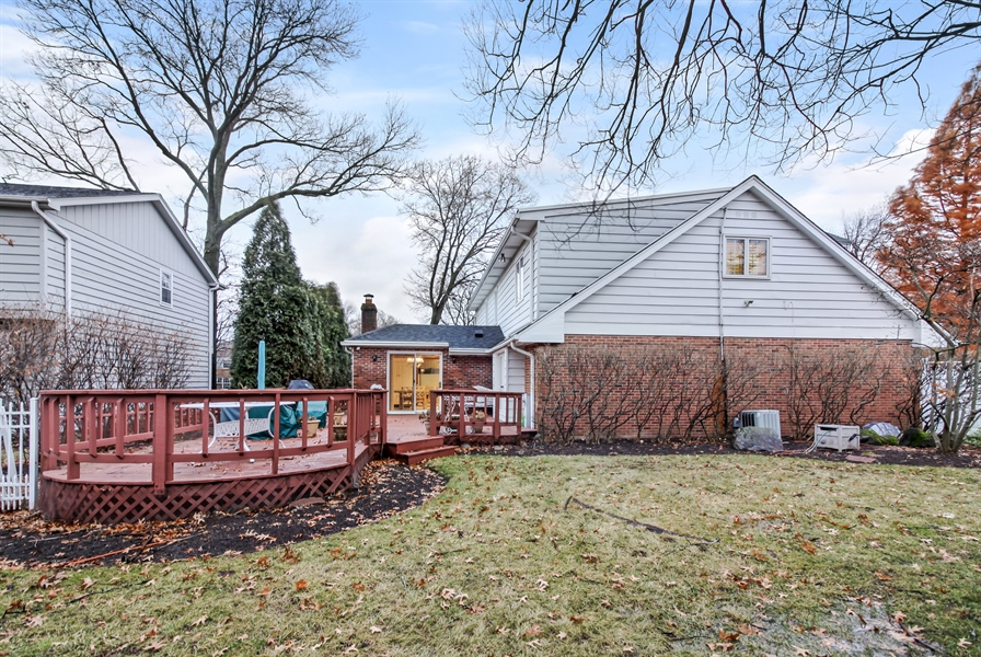 Real Estate Photography - 5101 Harvey Ave, Western Springs, IL, 60558 - Rear View