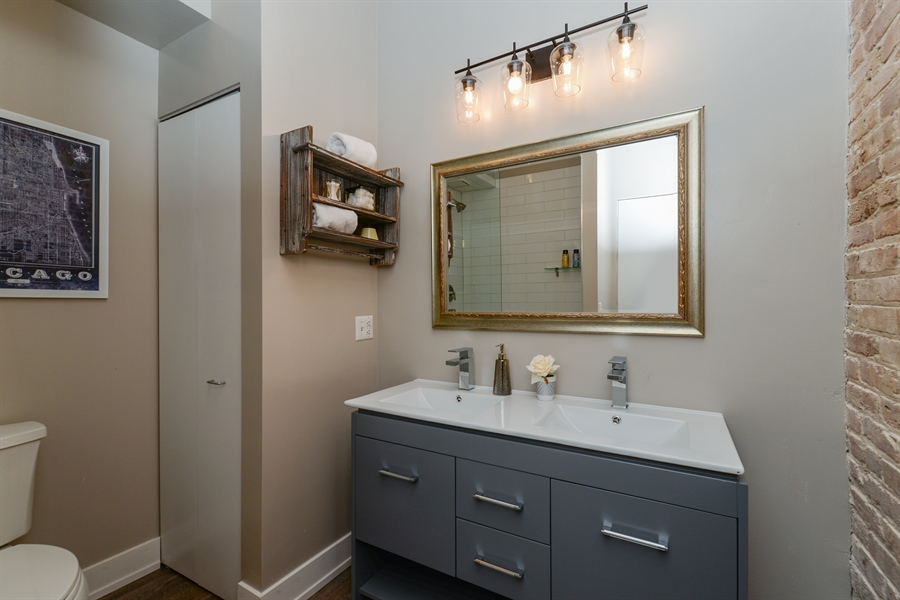 Real Estate Photography - 110 N. Peoria St., 205, Chicago, IL, 60607 - Master Bathroom