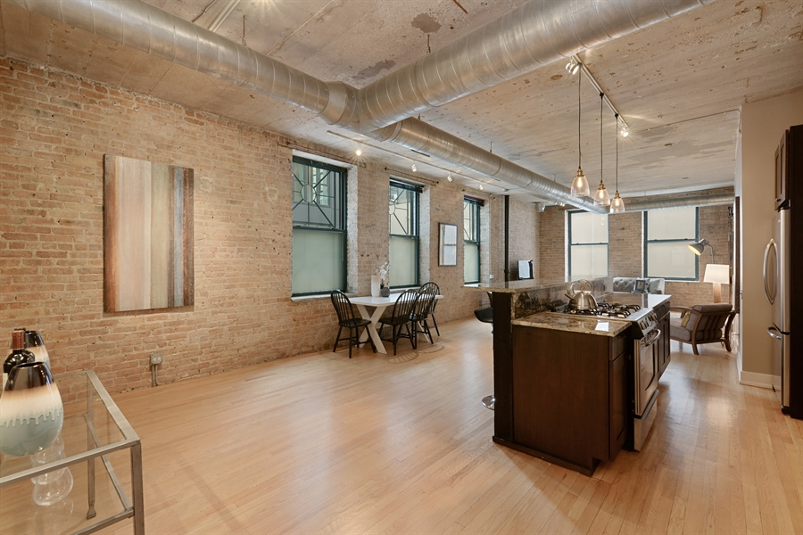 Real Estate Photography - 110 N. Peoria St., 205, Chicago, IL, 60607 - Great Room