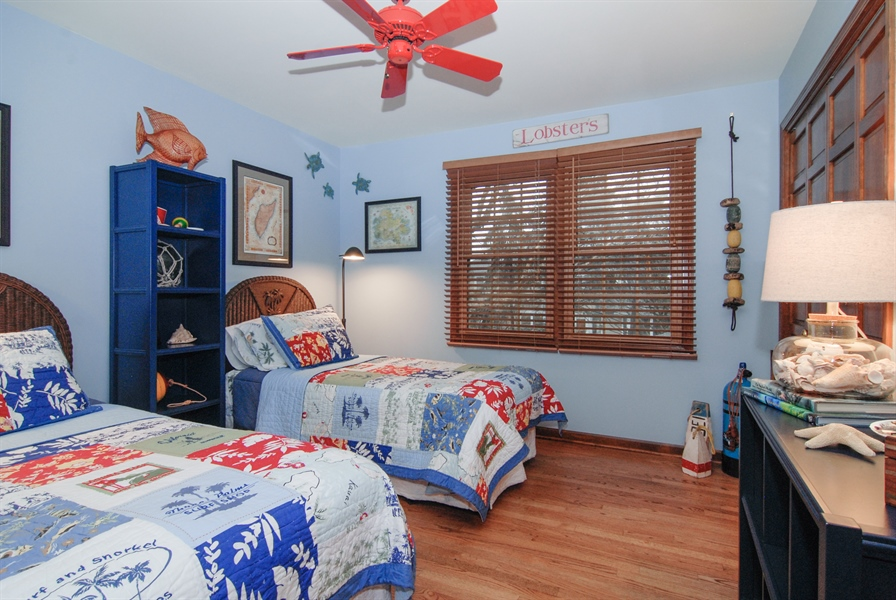 Real Estate Photography - 420 Apple River Dr, Naperville, IL, 60565 - 2nd Bedroom
