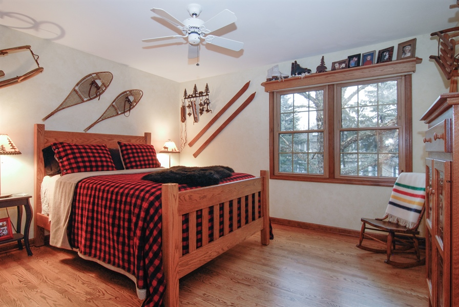Real Estate Photography - 420 Apple River Dr, Naperville, IL, 60565 - 3rd Bedroom