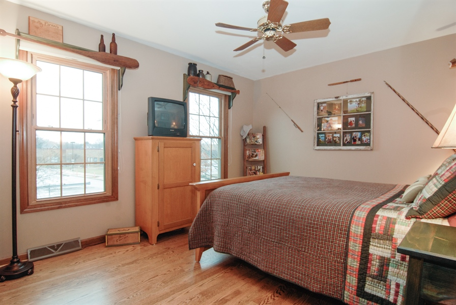 Real Estate Photography - 420 Apple River Dr, Naperville, IL, 60565 - 4th Bedroom