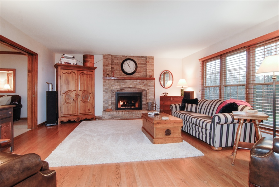 Real Estate Photography - 420 Apple River Dr, Naperville, IL, 60565 - Family Room