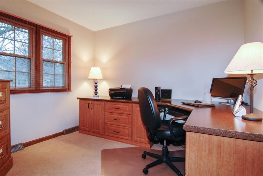 Real Estate Photography - 420 Apple River Dr, Naperville, IL, 60565 - Den