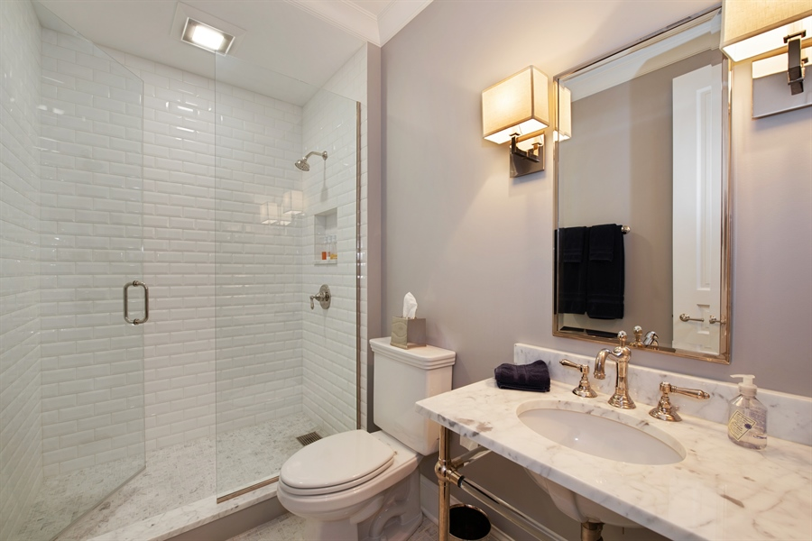 Real Estate Photography - 1838 N Hudson Ave, Chicago, IL, 60614 - 5th Bathroom