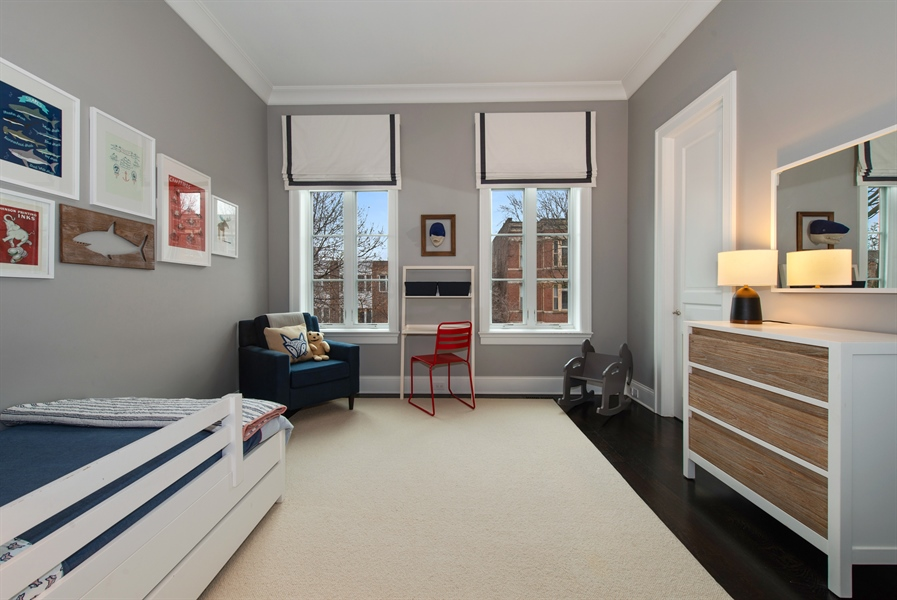 Real Estate Photography - 1838 N Hudson Ave, Chicago, IL, 60614 - 2nd Bedroom