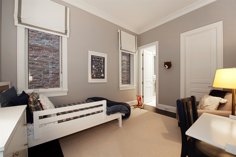 Real Estate Photography - 1838 N Hudson Ave, Chicago, IL, 60614 - 3rd Bedroom